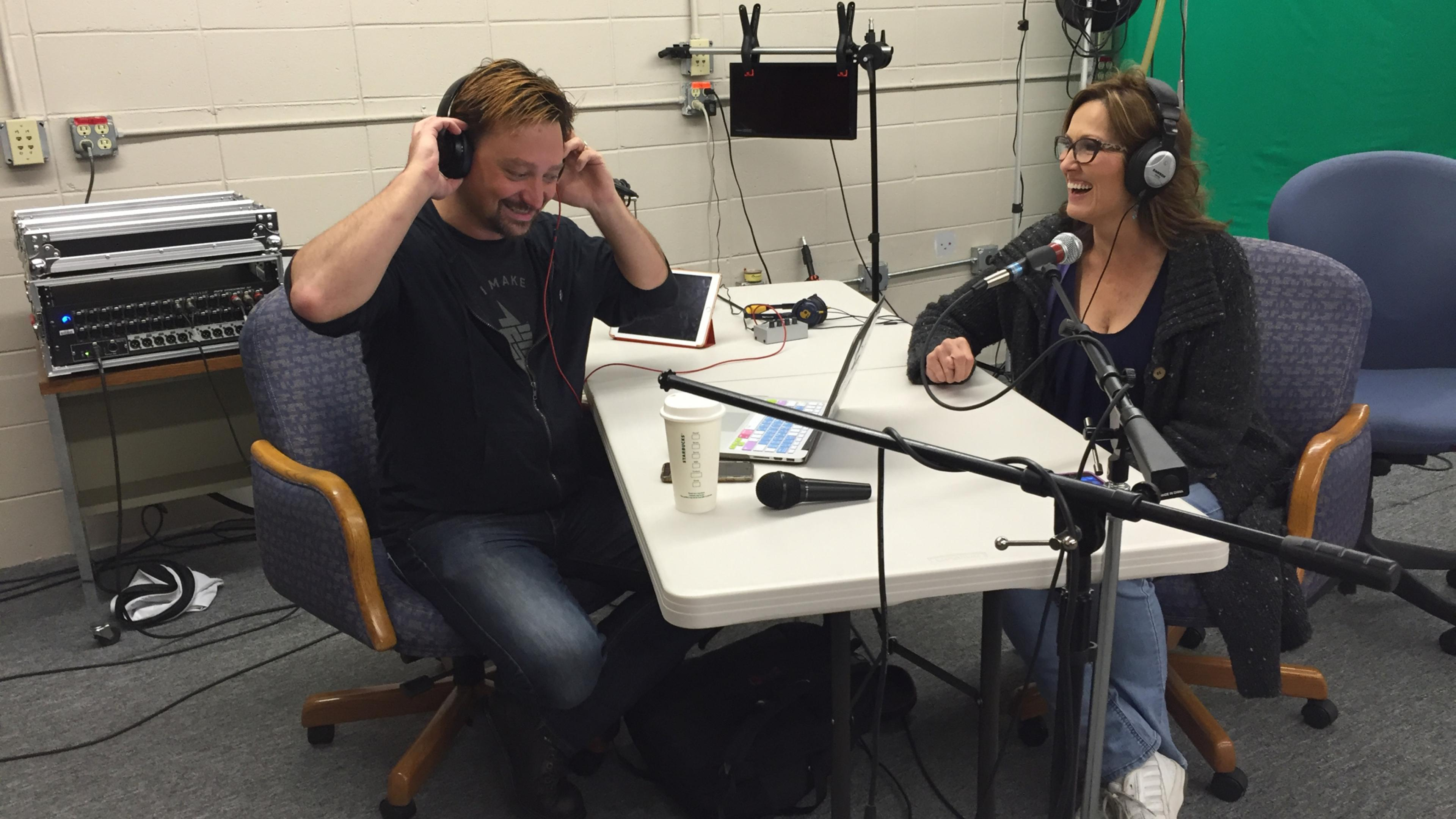 Episode 0016 - #0016 Erin Davisson Studio Photo